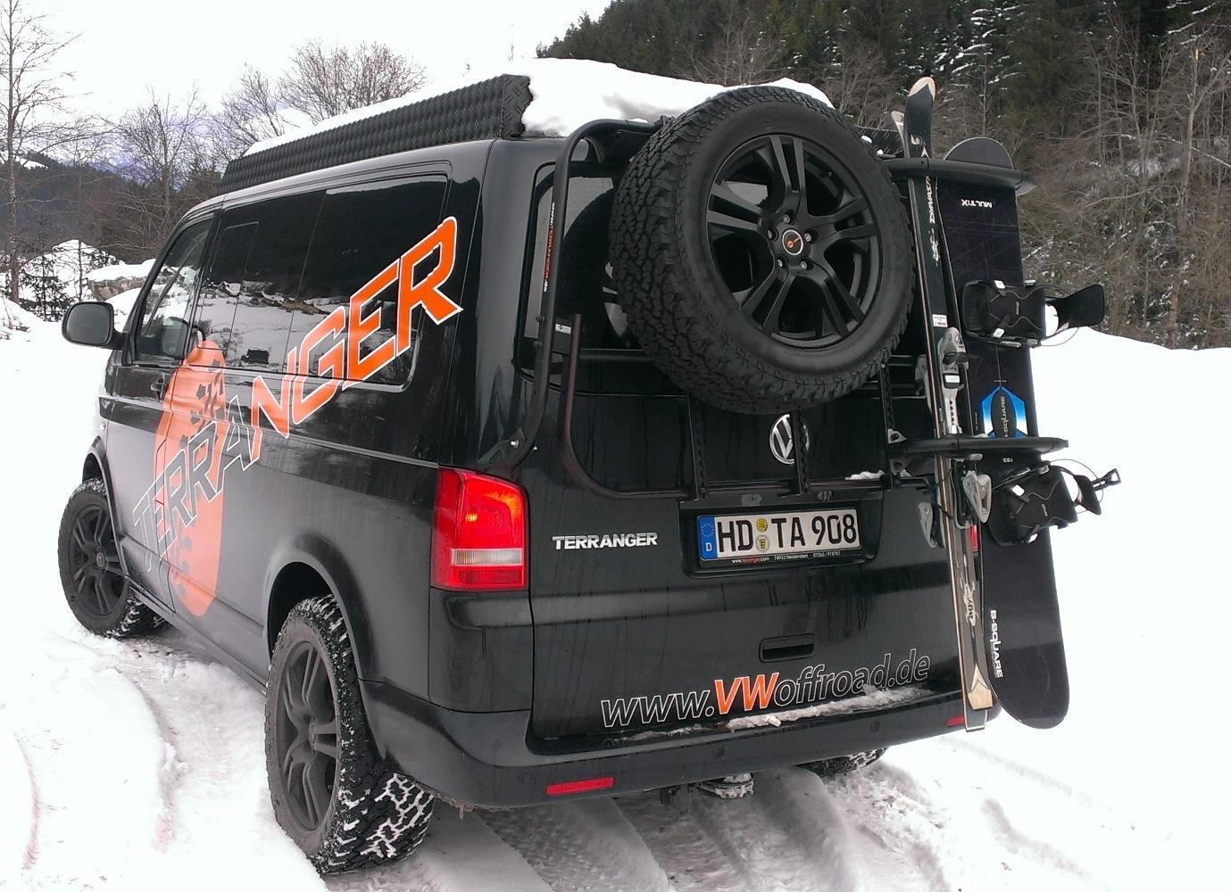 Skitraeger_VW_T5_TERRANGER_Snowboard.jpg