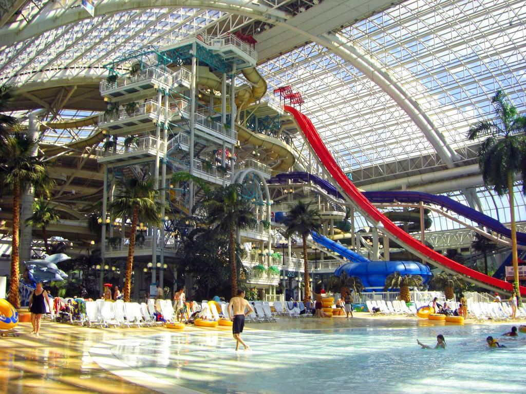 world-water-park-in-edmonton.jpg